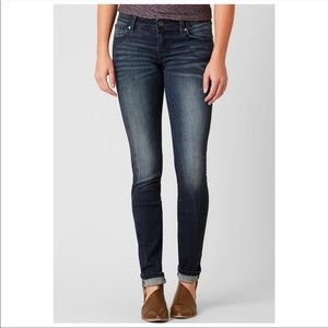 MISS ME Select Signature Skinny Stretch Jean 26